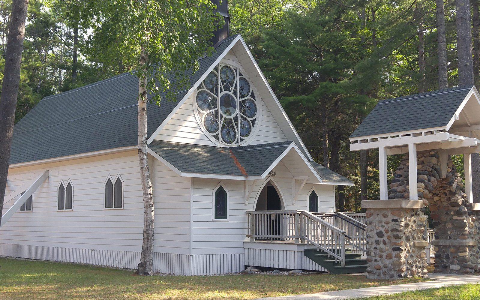 Bois-Blanc-Episcopal-Church-1600x1000