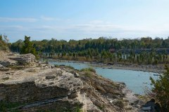 KellysIsland-east-quarry-trails-horseshoe-lake800x500