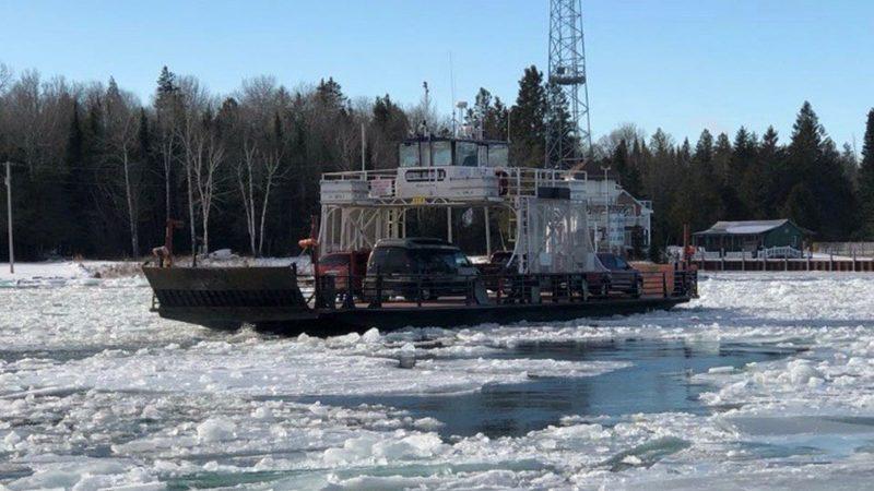 Neebish-ferry-crossing-in-ice-800x450